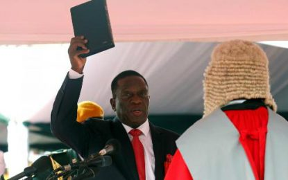 Zimbabwe: Mnangagwa sworn in as president after Robert Mugabe resigns