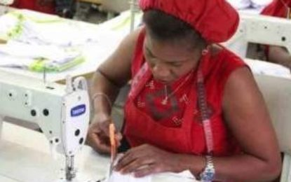 Lagos lawmaker empowers 500 women in skill acquisition